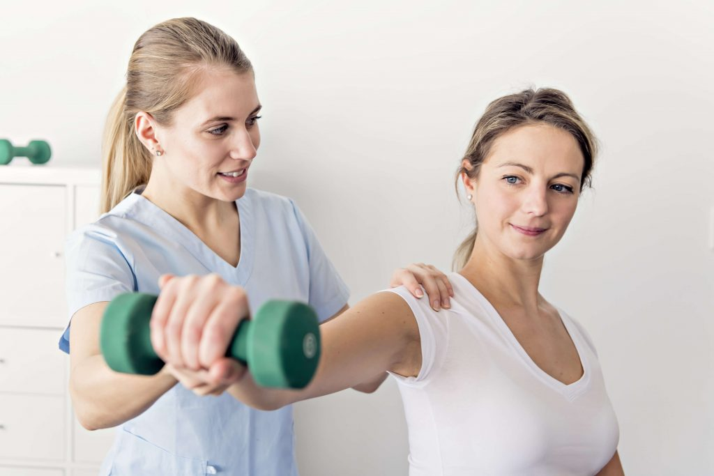 Best Physical Therapy Methods for Treating Shoulder Pain and Injuries